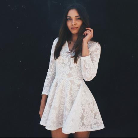 Śliczna koronkowa sukienka hm nude poszukiwana xs w Suknie