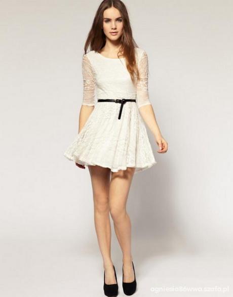 Sukienka HM koronka nude rozkloszowana w Suknie i sukienki